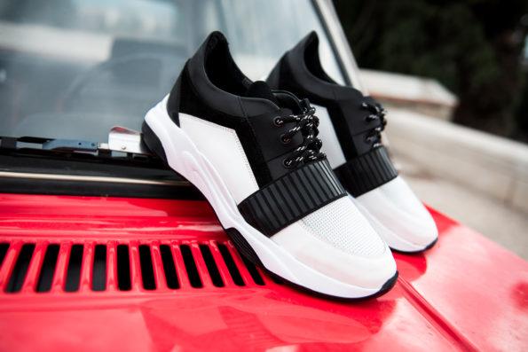Ανδρικό Ασπρόμαυρο Δερμάτινο Sneaker, Λεπρομέρεια Μαύρο Λάστιχο