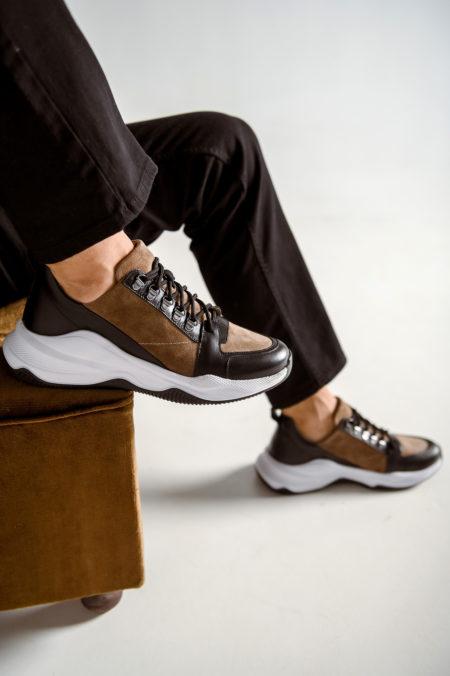 Ανδρικό Δερμάτινο-Suede Sneaker με Μαύρα Κορδόνια (W2028)